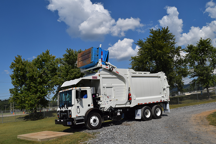 HalfPack_2_ _958_x_555 hell half pack front load garbage truck half pack frontload Heil Front Loader Dimension at mifinder.co