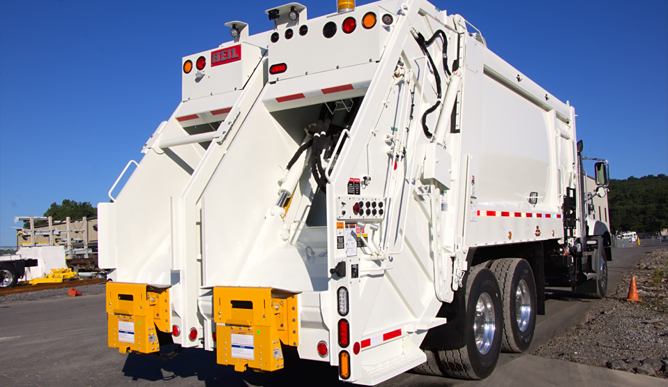 DuraPack 40/60 Split Body Trash Truck