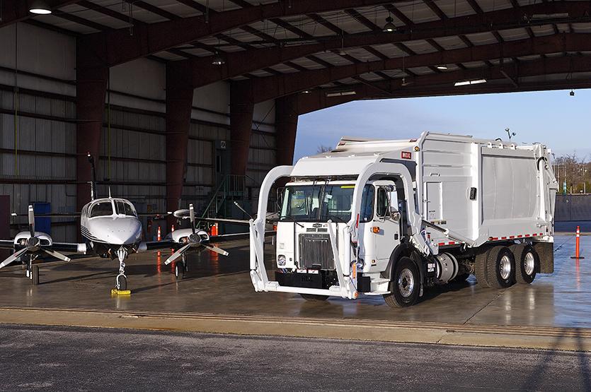 Half/Pack Sierra Front Loader Garbage Trucks