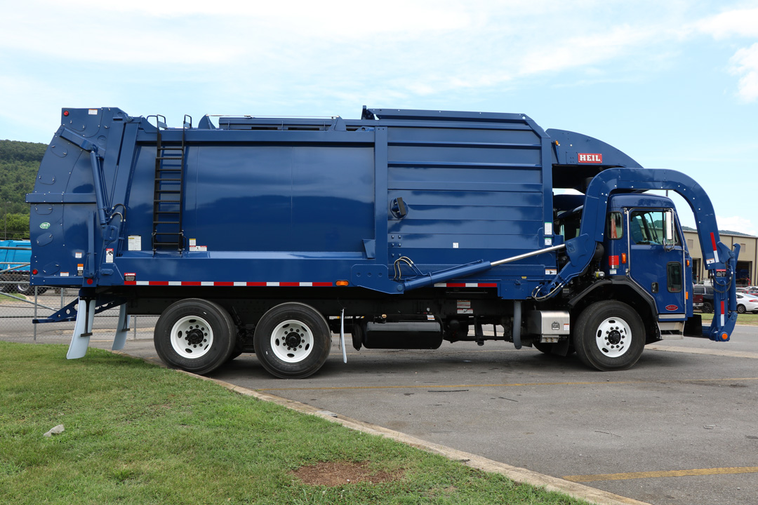 Half/Pack Front Load Garbage Truck Body
