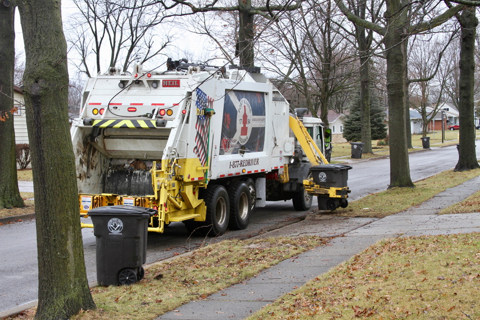 MultiPack Automated Sideload Garbage Trucks