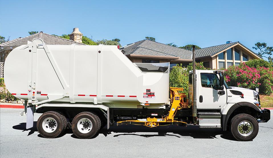 Rapid Rail Automated Sideload Trash Truck