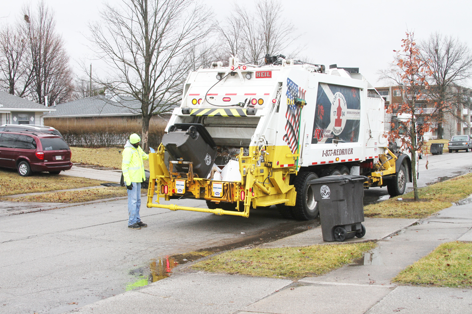 Sideloader Garbage Trucks By Heil