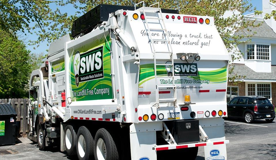 Heil® CNG Front Loader Garbage Trucks