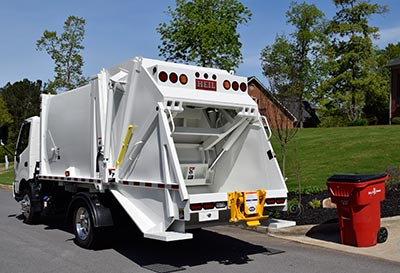 Under CDL Rear Load Garbage Trucks For Sale