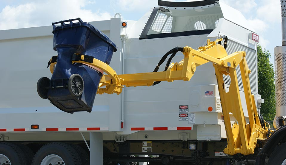DuraPack Python Garbage Truck With Side Load Arm