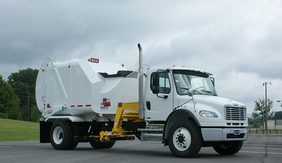 Heil Automated Side Load Garbage Trucks - Rapid Rail