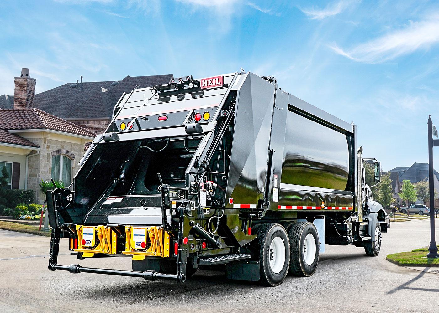DuraPack® 5000 Rear Load Garbage Trucks