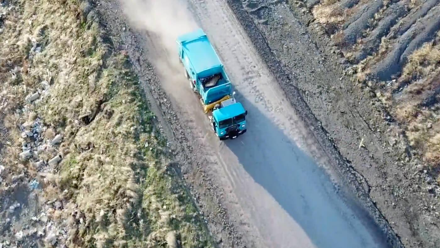DuraPack Rapid Rail Sideload Garbage Truck Video