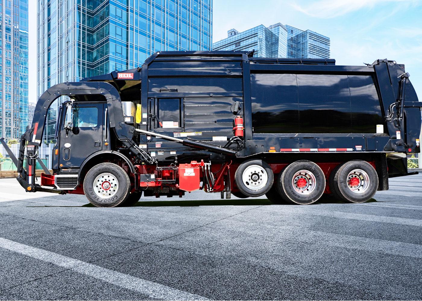 Half Pack Frontload Garbage Trucks