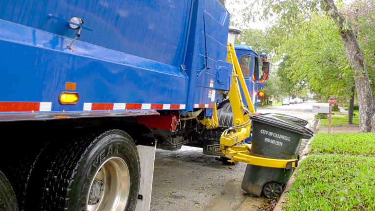 City of Caldwell Texas Durapack Python Sideload Garbage truck video